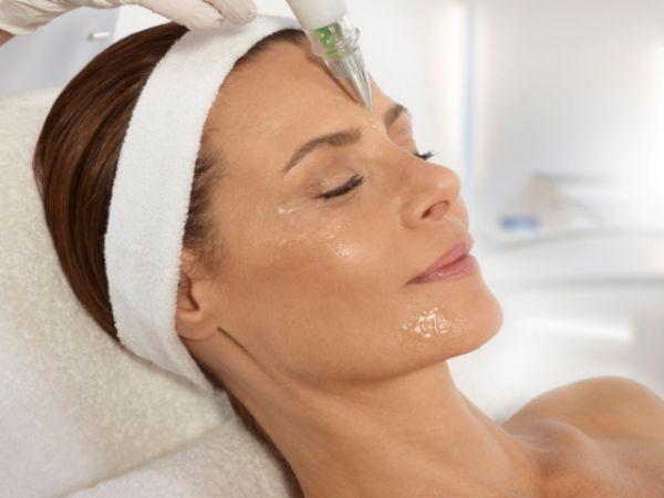 Kosmetische Gesichtsbehandlung - XO Cell Plasma