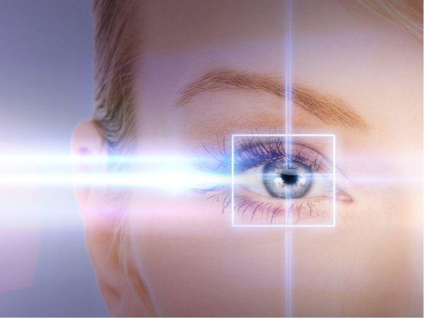 Eye laser treatment for both eyes