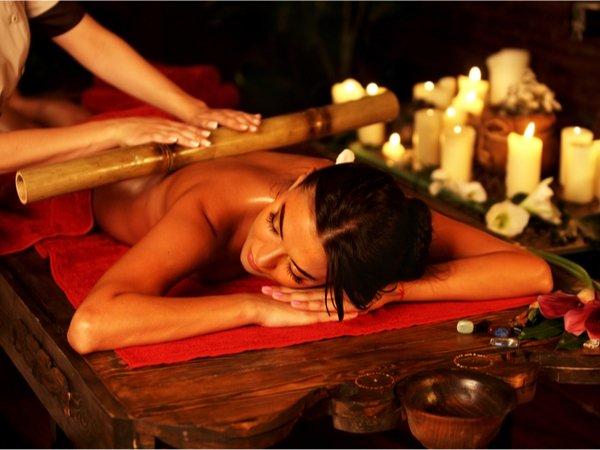 Bambus-Massage mit Aromatherapie