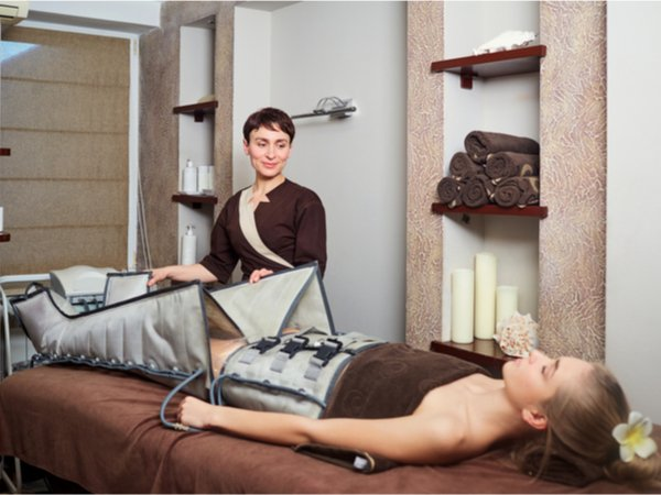 Massage mit Lymphdrainage-Pressotherapie - 90 Minuten