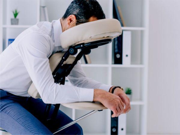 Massage im Büro, in der Wohnung oder im Studio