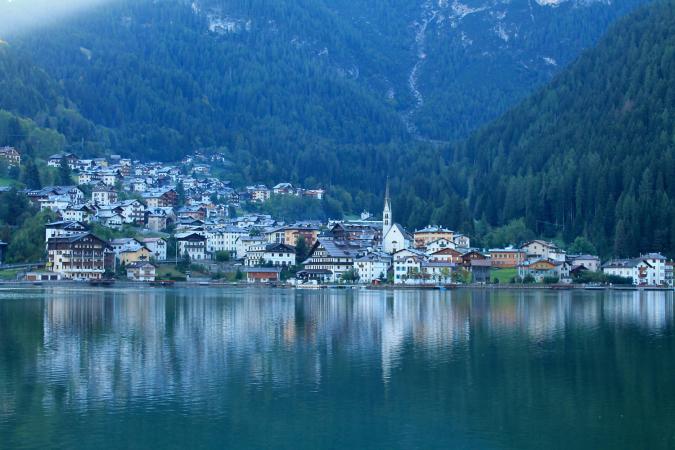 4 Tage Erholungsurlaub für zwei in den Dolomiten im Hotel Alleghe im Alpendorf Alleghe