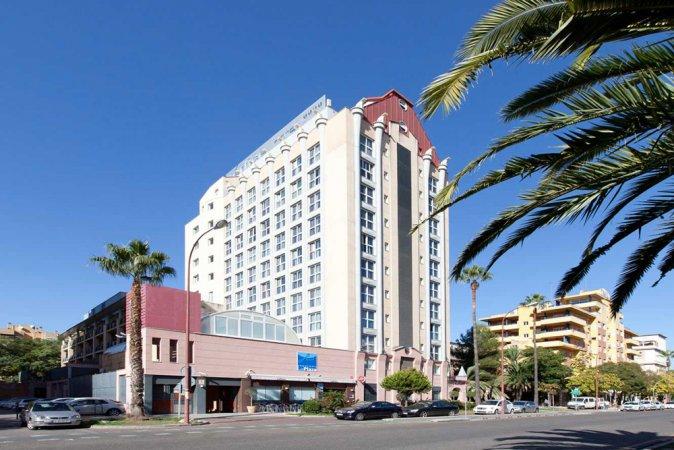 4 Tage zu zweit im 4**** Hotel VERTICE SEVILLA in Sevilla erleben