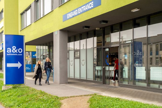 3 Tage Kurzurlaub zu zweit in der Steiermark im a&o Graz Hauptbahnhof