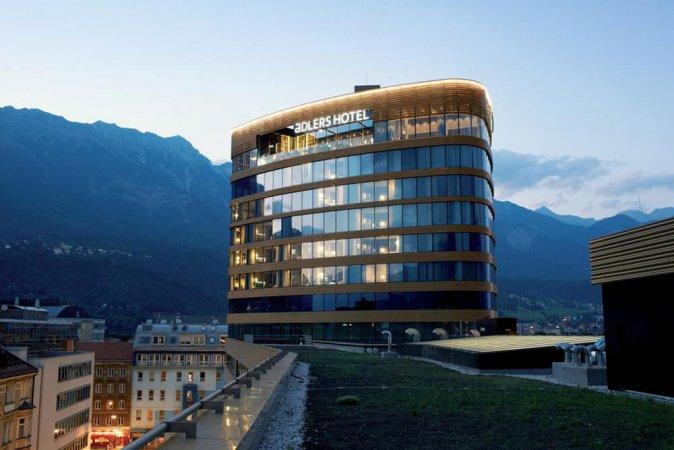 Tirol zu zweit erleben im aDLERS Hotel Innsbruck direkt im Zentrum