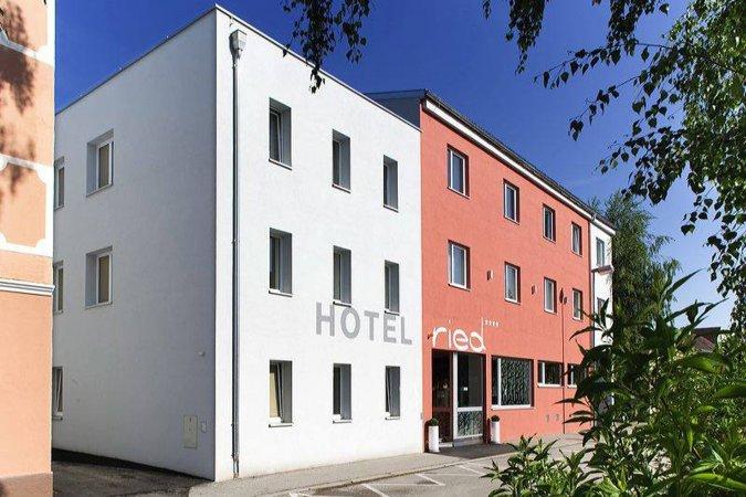3 Tage Kurzurlaub für zwei in Ried im Innkreis im 4* H+ Hotel Ried