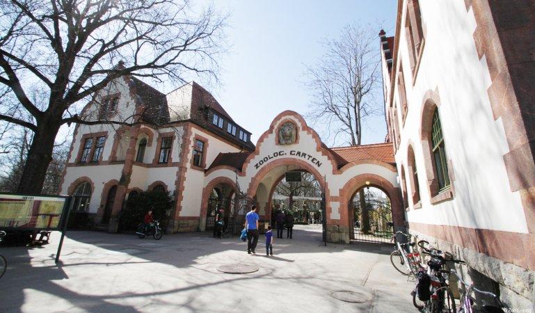 Kurzurlaub zu zweit im a&o Leipzig Hauptbahnhof & 2 Tickets für Zoo Leipzig