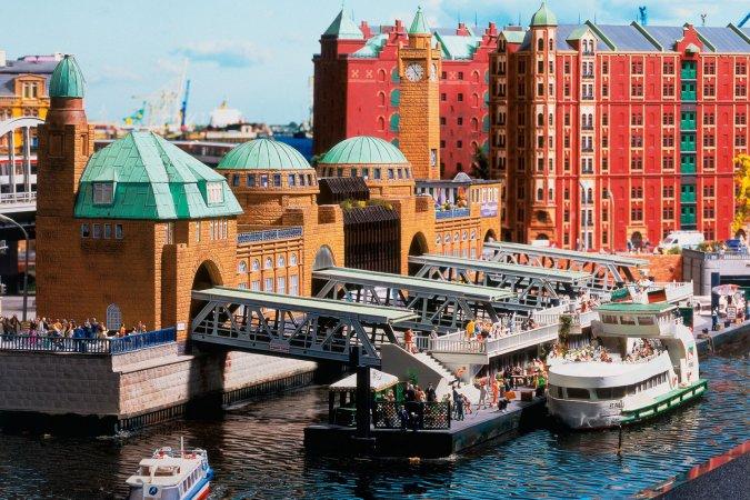 Kurzurlaub zu zweit im a&o Hauptbahnhof & 2 Tickets für Miniatur Wunderland