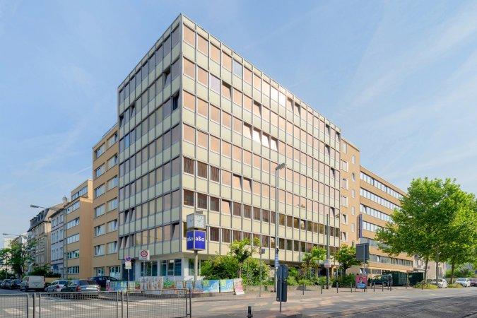 4 Tage Kurzurlaub zu zweit in Frankfurt am Main im a&o Frankfurt Galluswarte