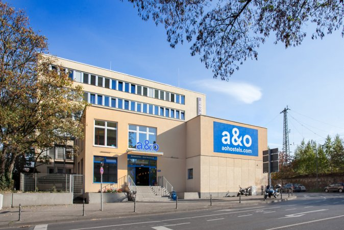 Kurzurlaub zu zweit in Aachen im a&o Aachen Hauptbahnhof