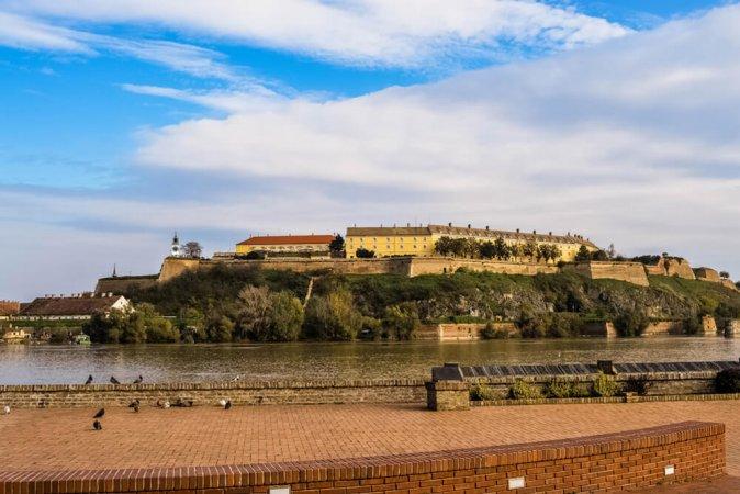 3 Tage für 2 im Hotel Car Royal Apartments in der serbischen Stadt Novi Sad
