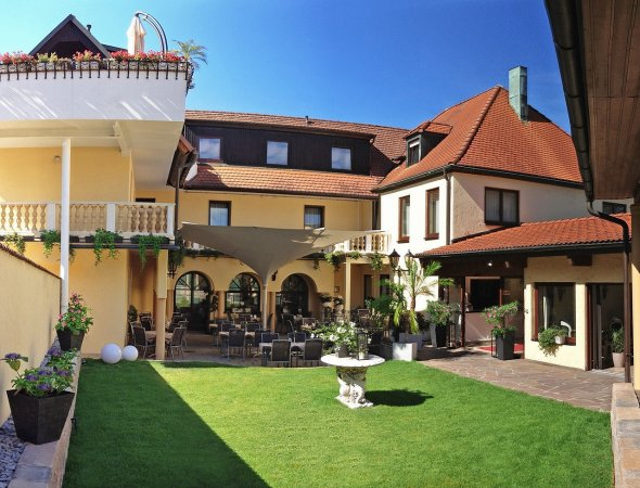 Erholungsurlaub im 3*S City Hotel Antik in Aalen nahe den Limes-Thermen