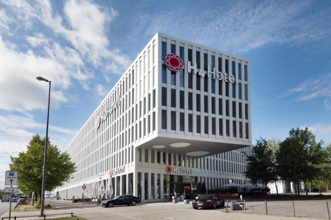 3 Tage Urlaub im 4*S H4 Hotel München Messe in der Weltstadt mit Herz