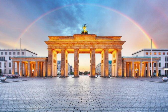 3 Tage Kurzurlaub zu zweit in einem von 6 Deutschen AZIMUT Hotels Ihrer Wahl