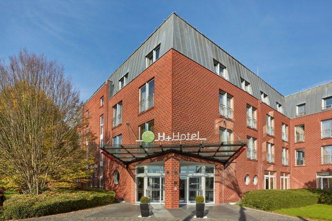 3 Tage Urlaub im H+ Hotel Köln Hürth in der Domstadt Köln erleben