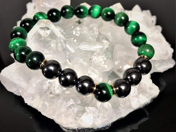 Green tiger eye and hematite