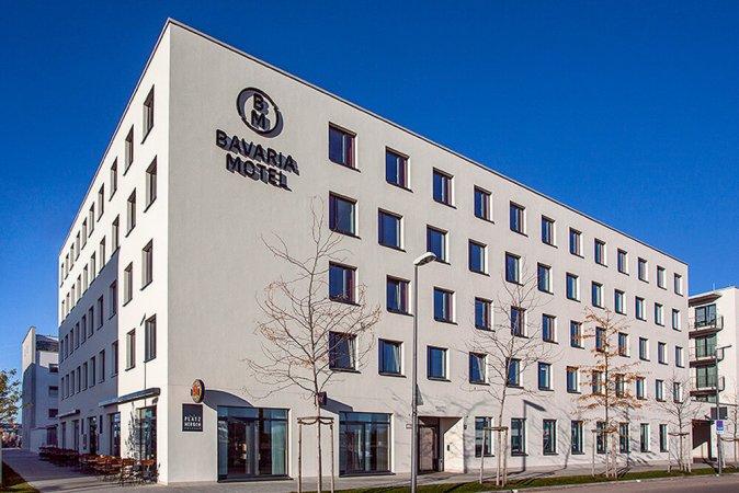 3 Tage Kurzurlaub für zwei im BM Bavaria Motel in München & 2 Eintrittskarten für die Bavaria Filmstadt