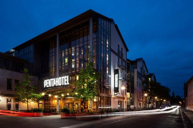 3 Tage Städtereise für zwei ins Pentahotel Rostock
