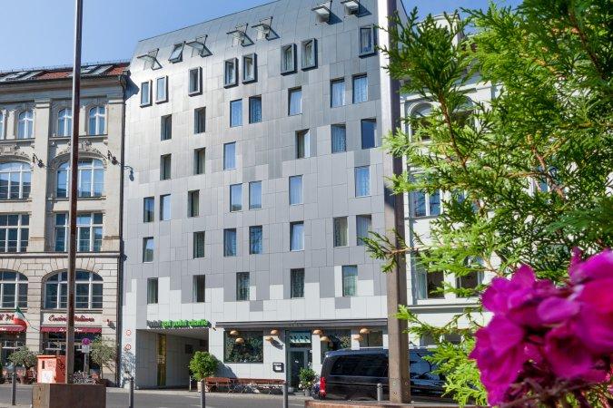 4 Tage Kurzurlaub zu zweit in der Hauptstadt im Hotel Gat Point Charlie direkt am Checkpoint Charlie