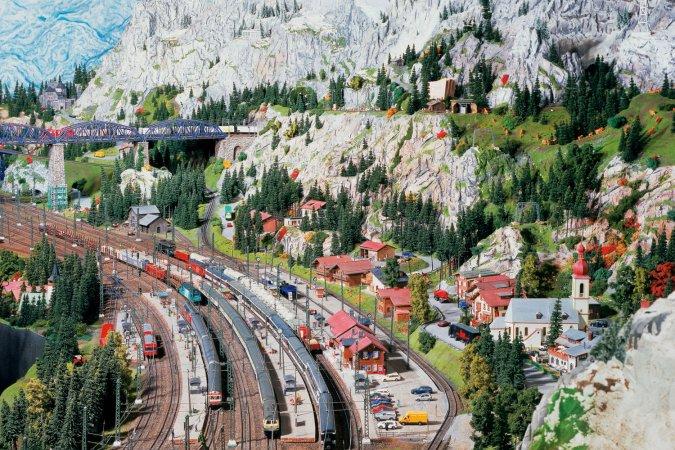 4 Tage Kurzurlaub zu zweit im a&o Hauptbahnhof & 2 Tickets für Miniatur Wunderland