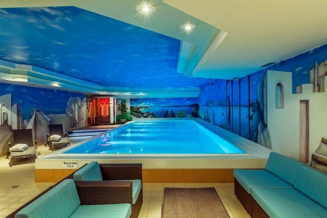 Kurzurlaub im 4* CityClass Hotel Savoy in der grünen Mitte zwischen Düsseldorf und Köln erleben