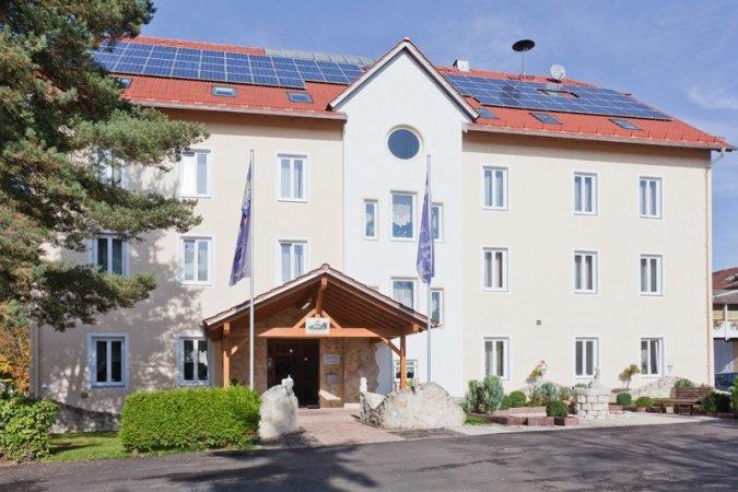Wellness Erholungsurlaub in Wemding Donau-Ries im Hotel Gut Wildbad