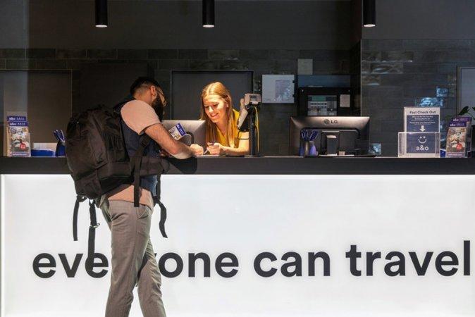 3 Tage Kurzurlaub zu zweit in Düsseldorf im a&o Düsseldorf Hauptbahnhof