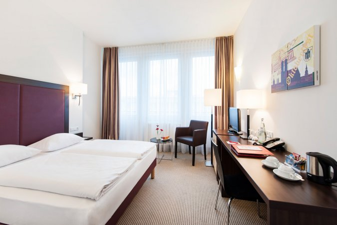 Städtereisen Kurzurlaub zu zweit nach München ins AZIMUT Hotel Munich