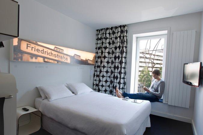 Kurzurlaub zu zweit in der Hauptstadt im Hotel Gat Point Charlie direkt am Checkpoint Charlie
