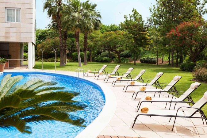 Erleben Sie Katalonien zu zweit im 4* Hotel Novotel Barcelona Cornella