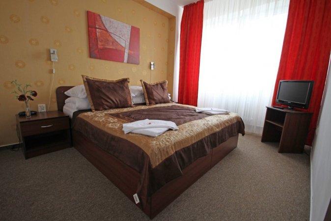 Bratislava Kurzurlaub zu zweit im 4* Hotel Barónka in der Slowakei erleben