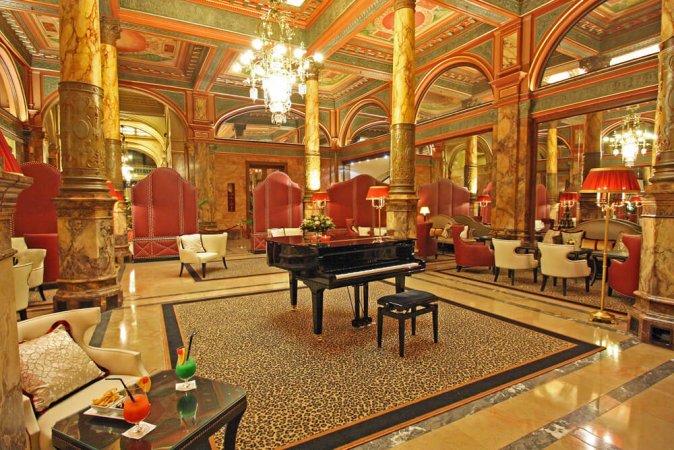 4 Tage Luxus für zwei im ***** Hotel Metropole in Brüssel erleben