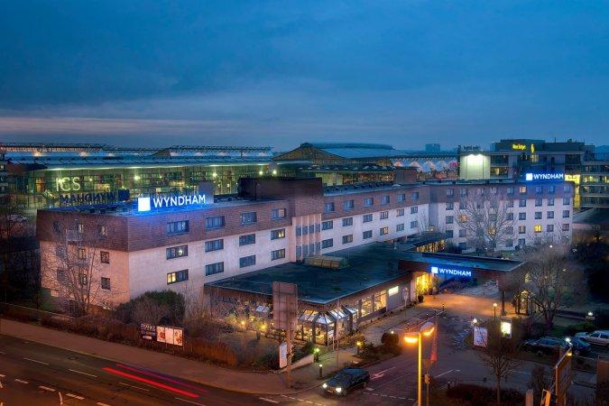 3 Tage im 4* Wyndham Stuttgart Airport Messe Hotel in Stuttgart erleben