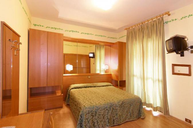 Italienurlaub in Jesolo bei Venedig für zwei im Hotel Germania