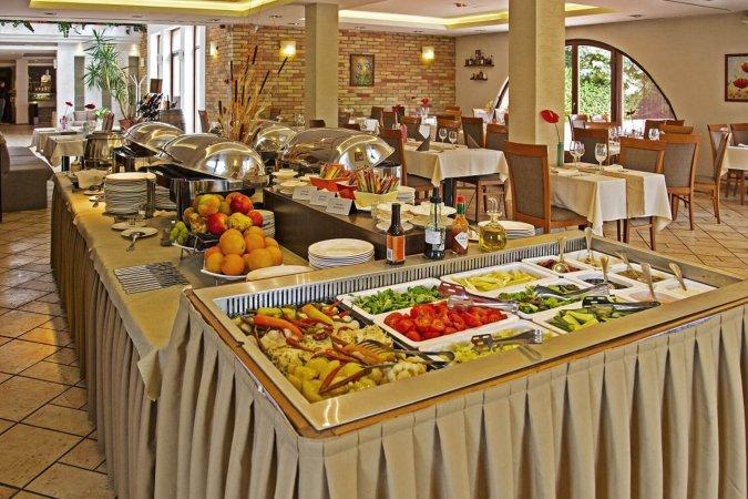 Ungarn Kurzurlaub in Budapest im 4* Airport Hotel Stáció Wellness & Conference