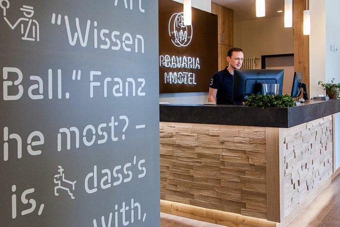 Kurzurlaub für zwei im BM Bavaria Motel in München & 2 Eintrittskarten für die Bavaria Filmstadt
