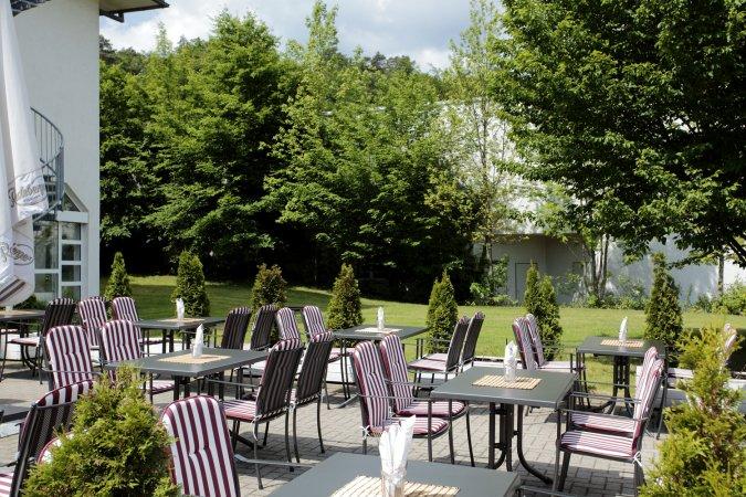 3 Tage Urlaub im H+ Hotel Wiesbaden Niedernhausen